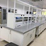 Muebles para laboratorio universitario