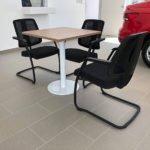 Sillas y mesas de trabajo en Volkswagen